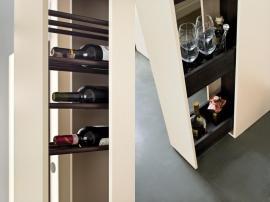 Шкаф 4-х дверный с мини баром и зеркалом HiFi изображение 3