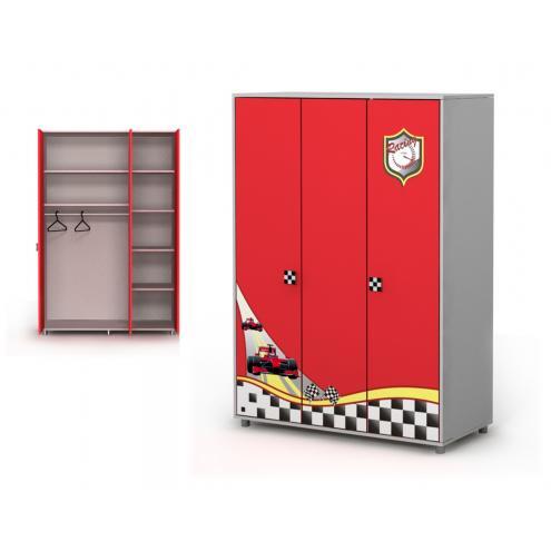 Трёхдверный шкаф